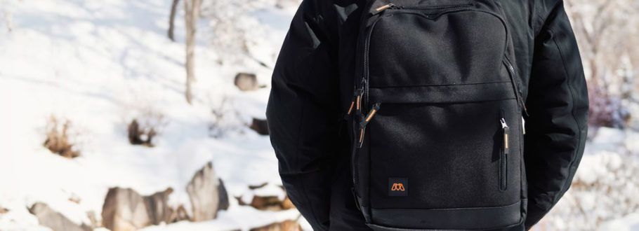 MOS Pack Is a Sturdy Backpack with Unique Charging Abilities