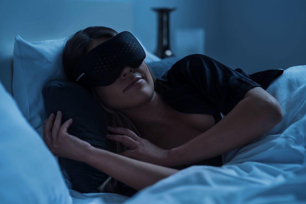 Neuroon Open Smart Sleep Enhancing Wearable