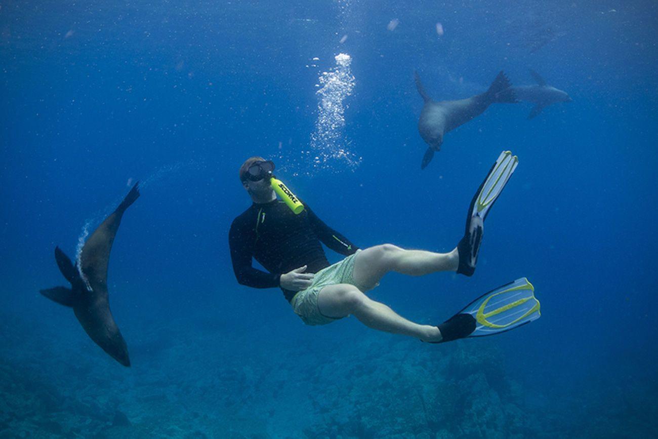 Scorkl Underwater Breathing Device