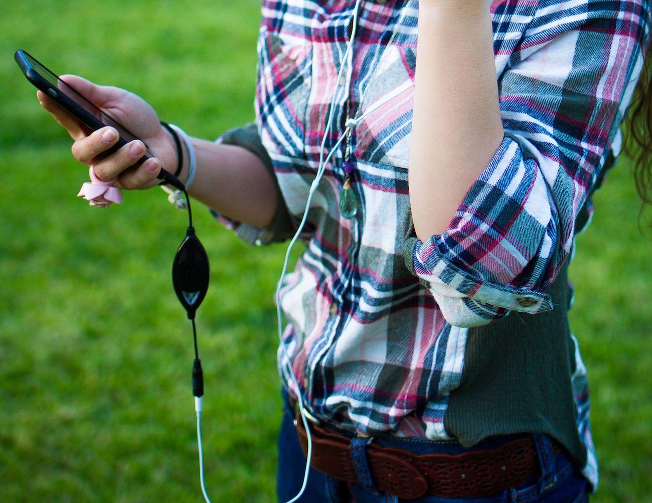 SoundBrake 2.0 Headphones Awareness Device