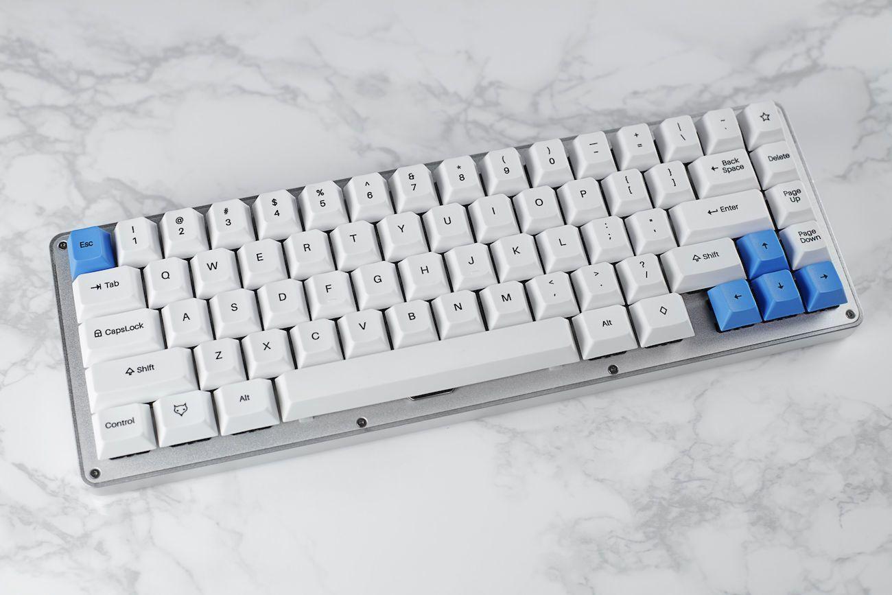 WhiteFox Programmable Mechanical Keyboard
