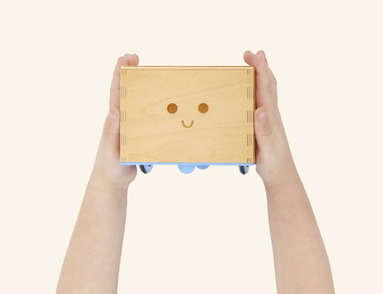 Cubetto: Off-Screen Coding Toy for Kids