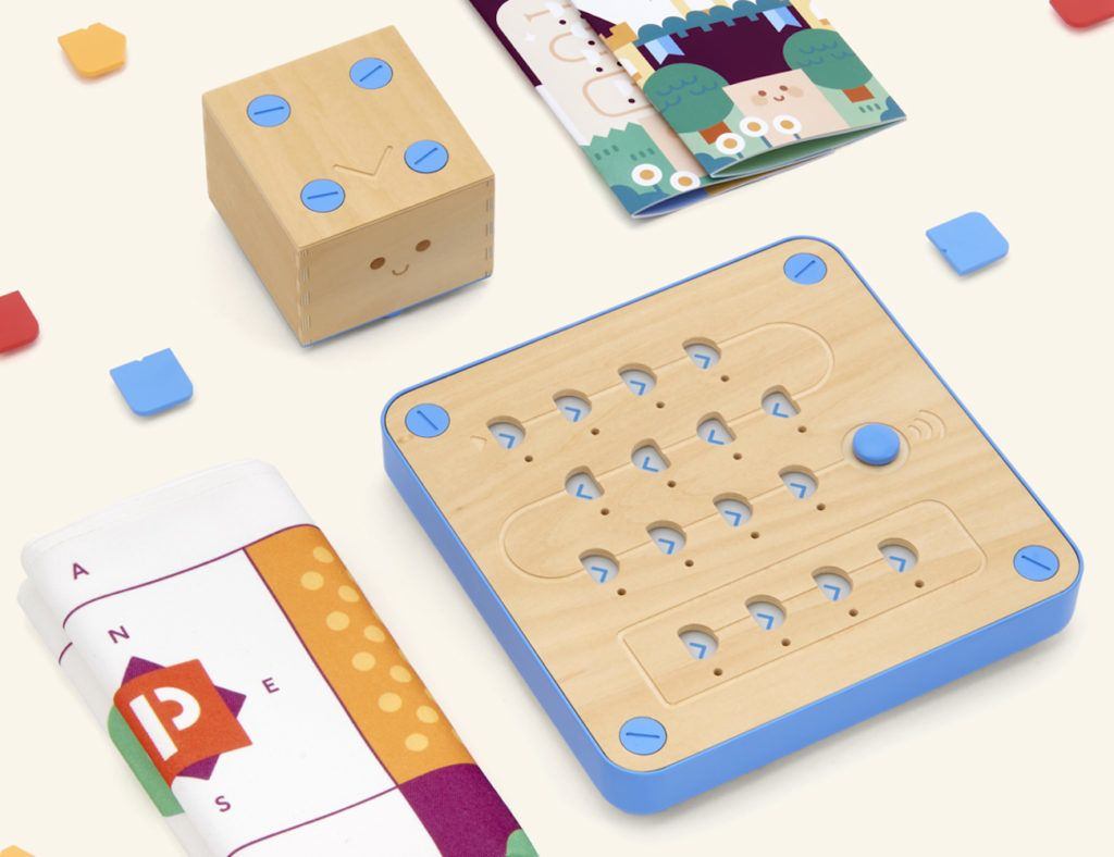 Cubetto%3A+Off-Screen+Coding+Toy+for+Kids