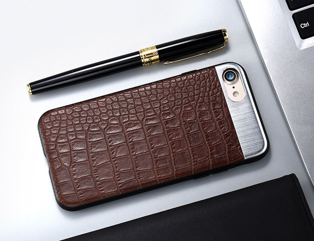 Metal+%2B+Leather+IPhone+7+Back+Cover