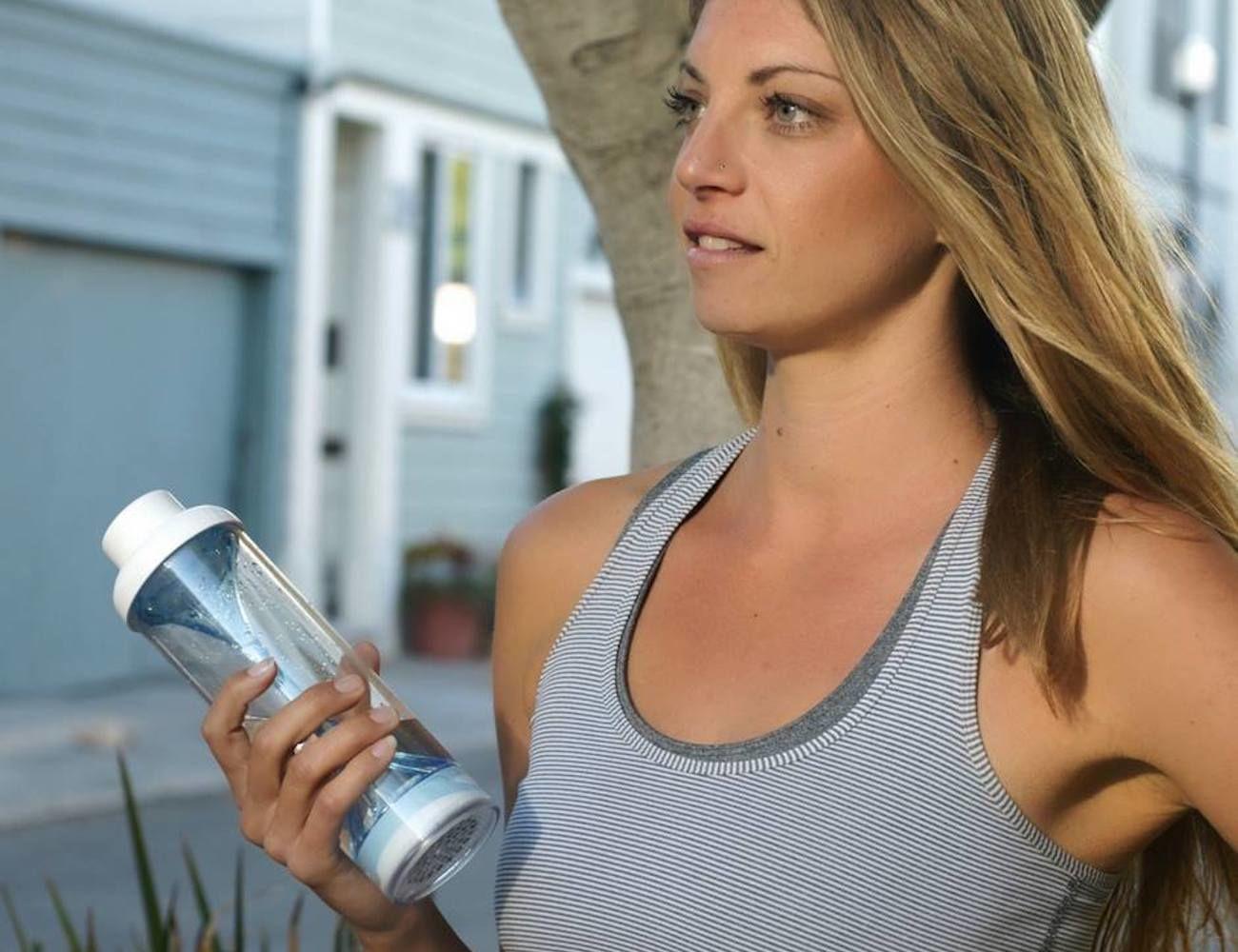 321 Reusable Filtering Water Bottle