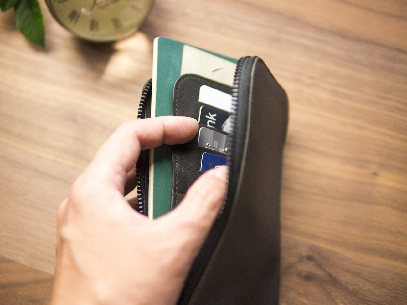 Alto Leather Travel Phone Wallet