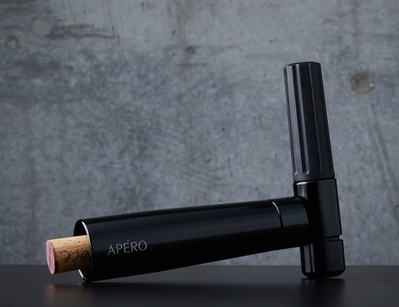 Apèro N2O Powered Wine Opener