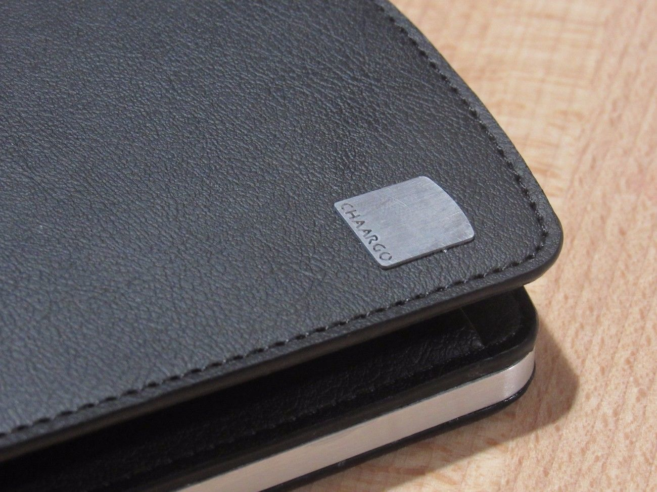 CHAARGO Wireless Charging Wallet