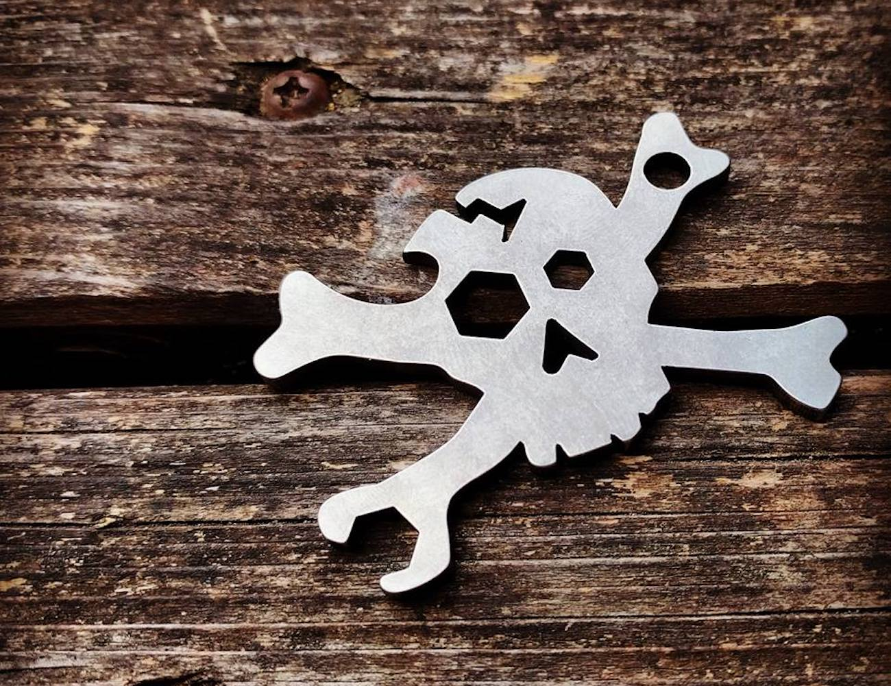 Cracked Skull Keychain Multi-Tool