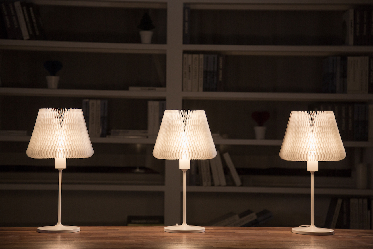 D'LIGHT Transformable Kinetic Table Lamp