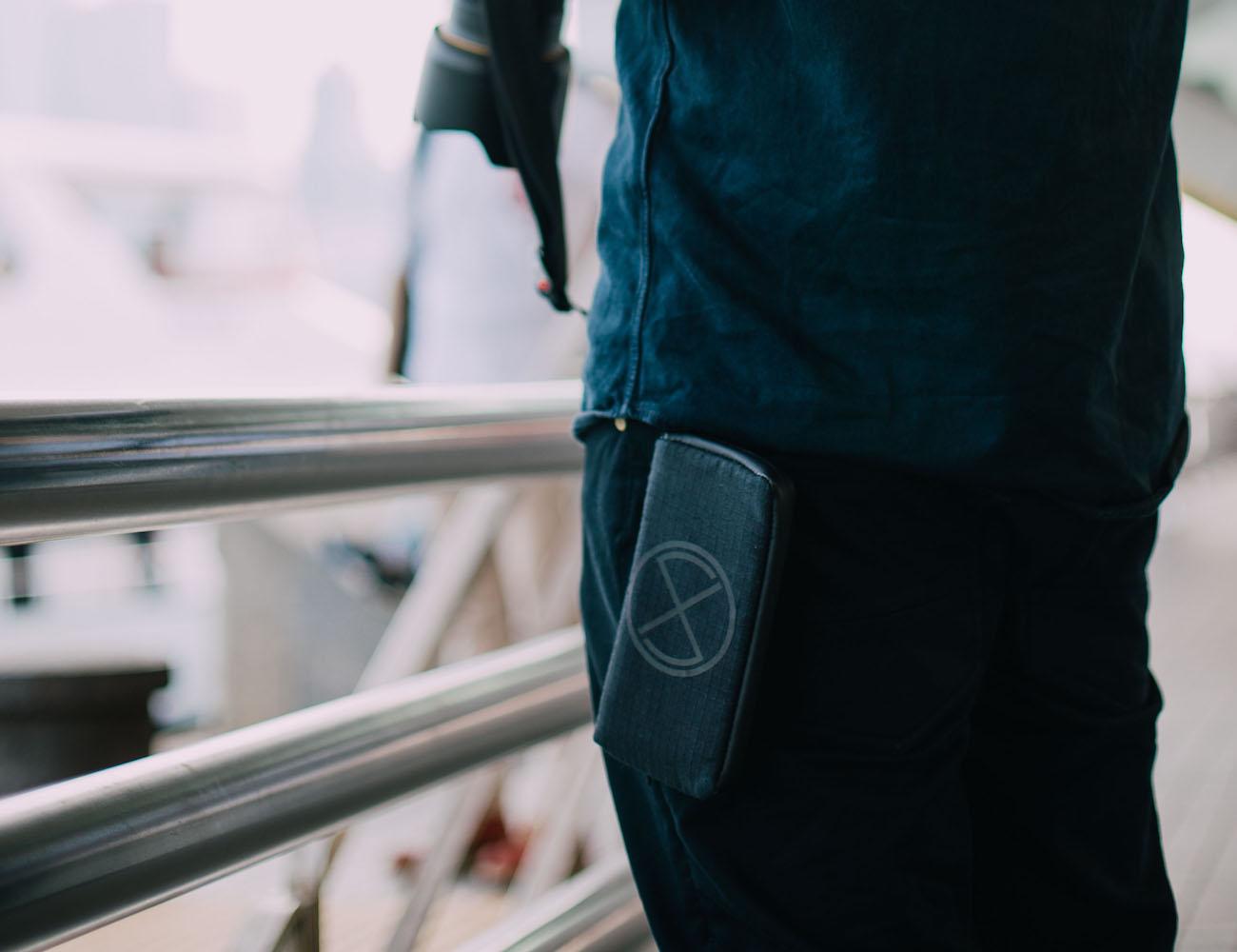 EXPLOSHIELD Smartphone Battery Bomb Suit