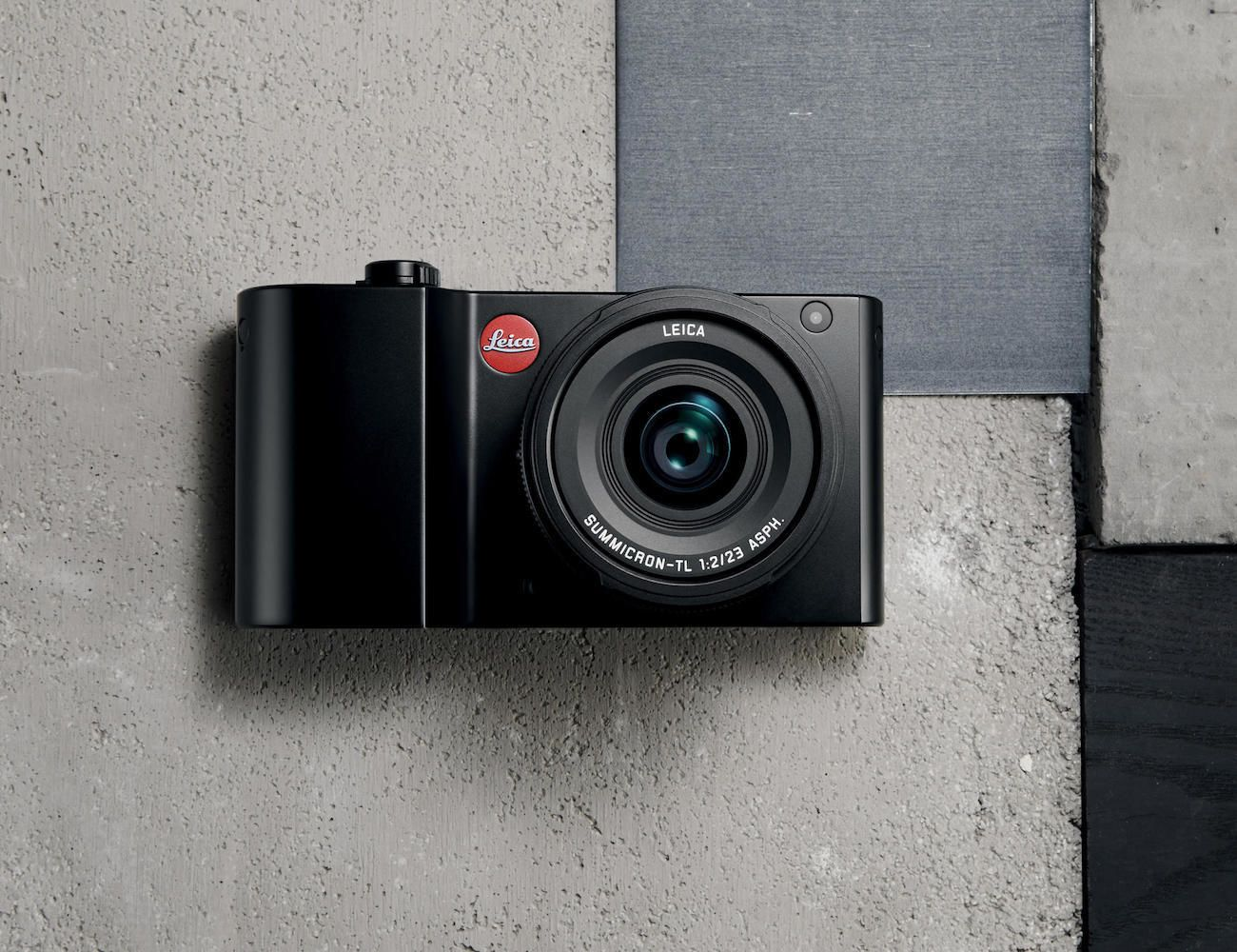 Leica TL2 Compact Mirrorless Camera