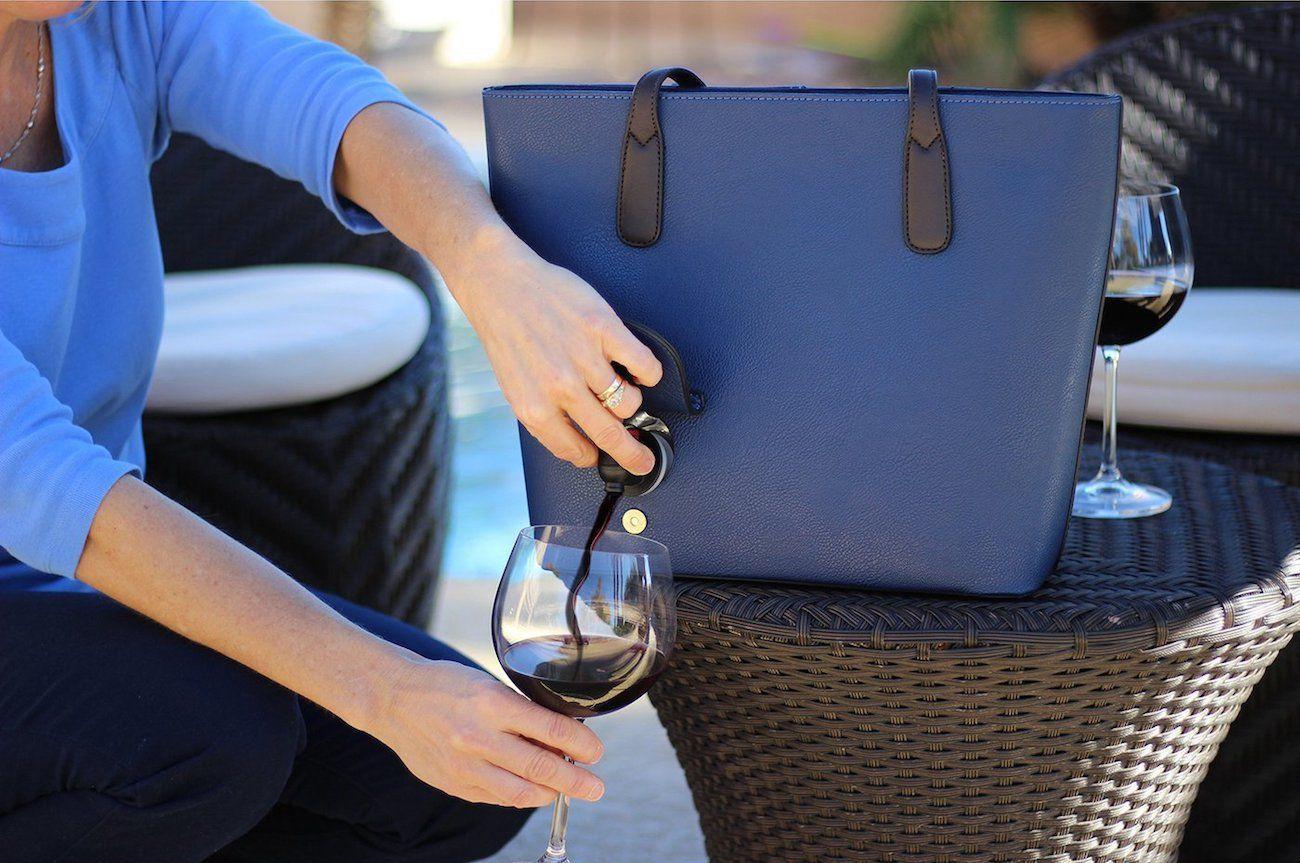 PortoVino Wine Dispensing Purse