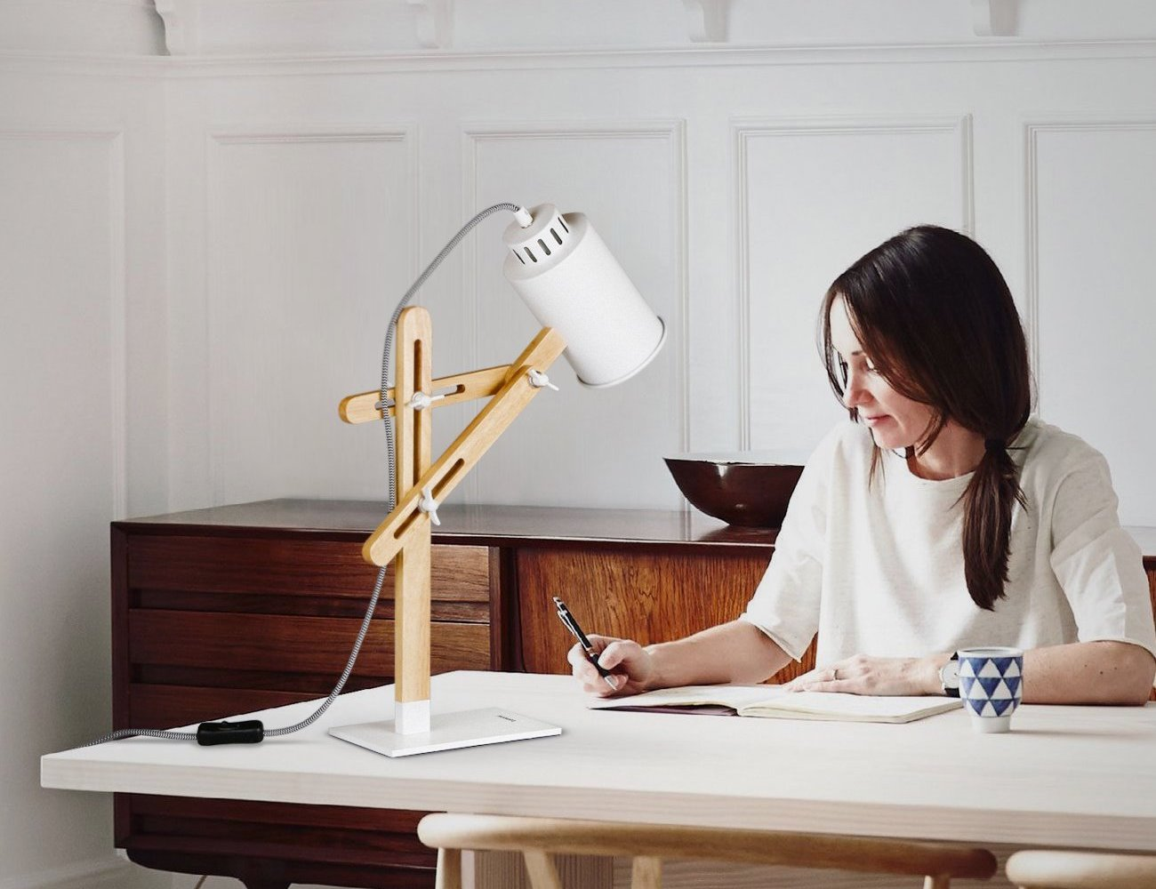 Tomons Led Multi Angle Wood Desk Lamp