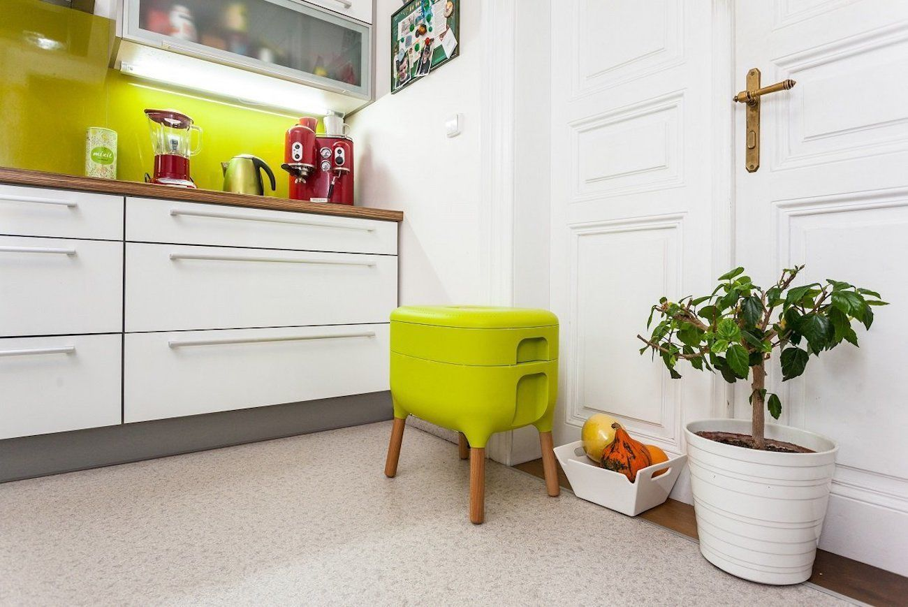 Urbalive Indoor Compost Worm Farm