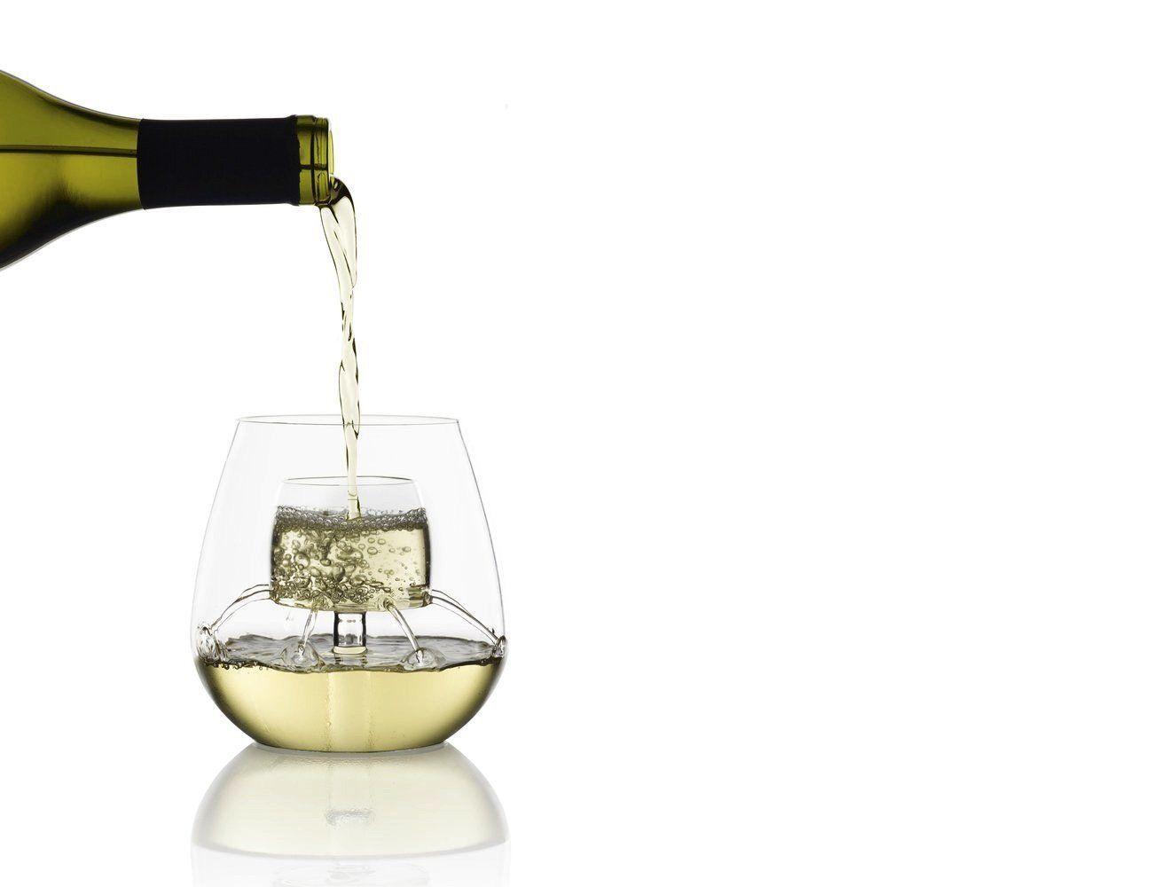aerate wine 02