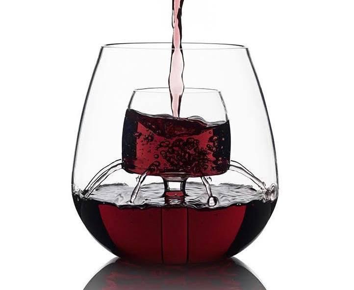 aerate wine 03