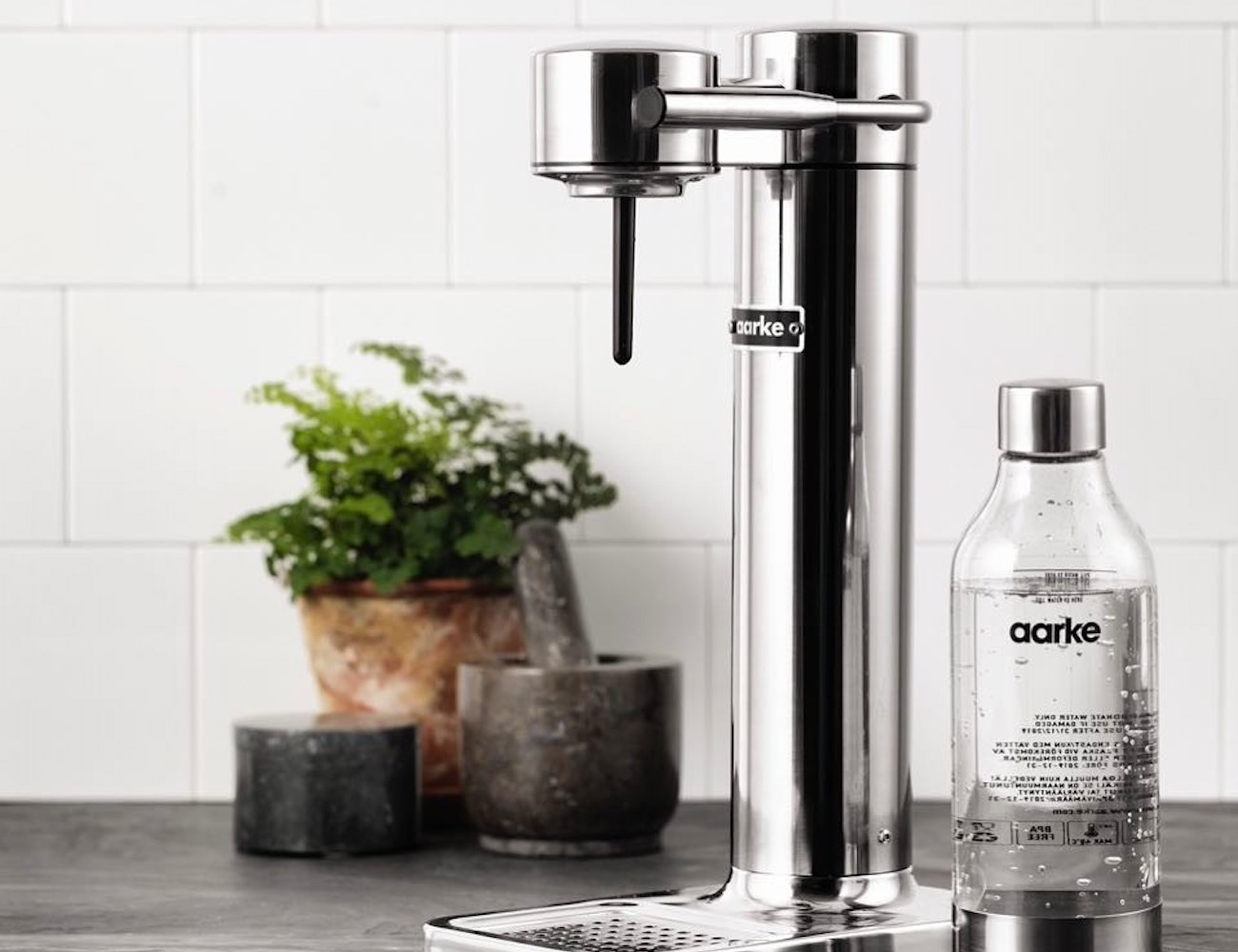 AARKE Premium Carbonated Drink Maker