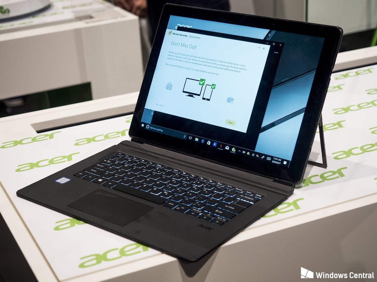 Acer Switch 7 Fanless 2-in-1 Notebook