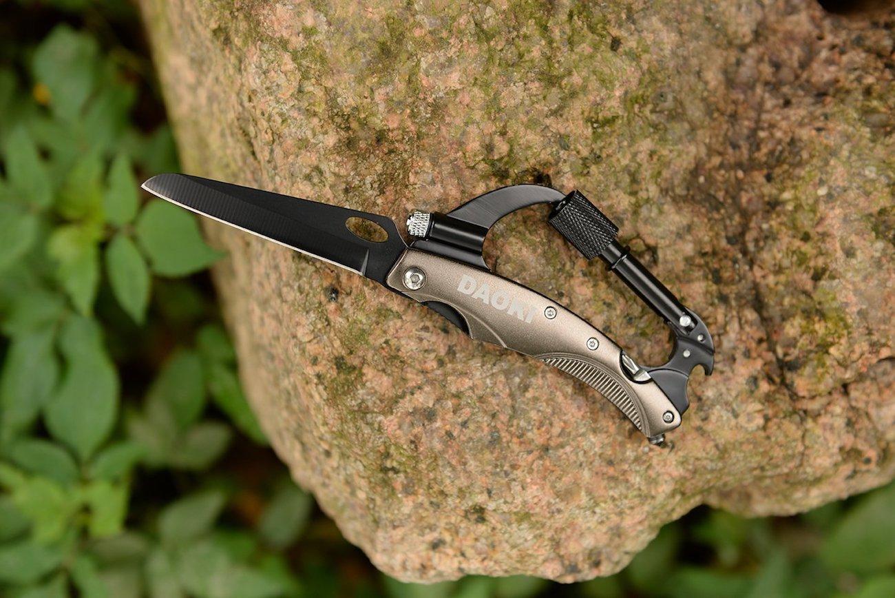DAOKI 7-in-1 Multifunctional Carabiner Knife Tool