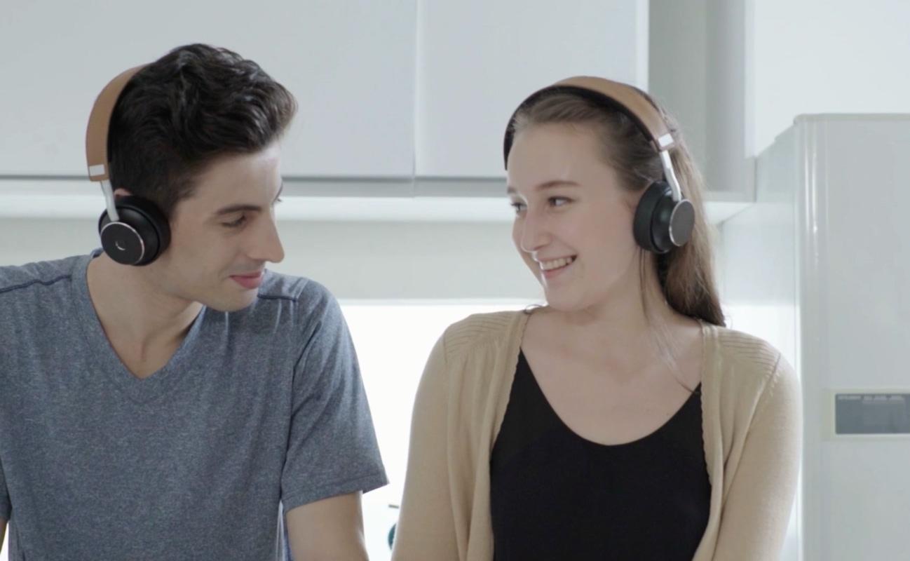 Dashbon DoublePods Shareable Bluetooth Headphones
