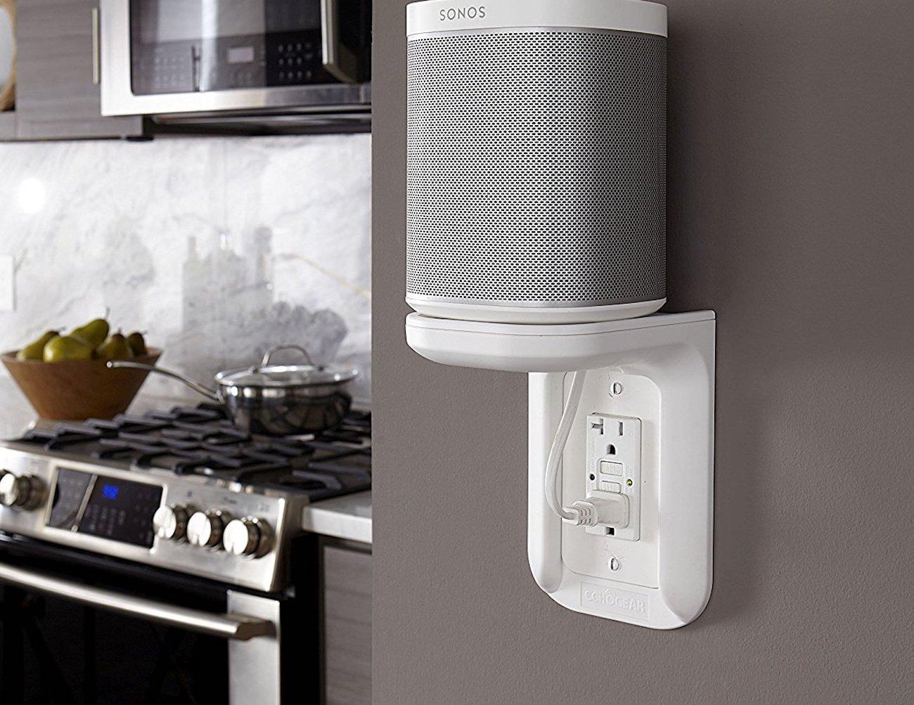 ECHOGEAR Device Outlet Shelf