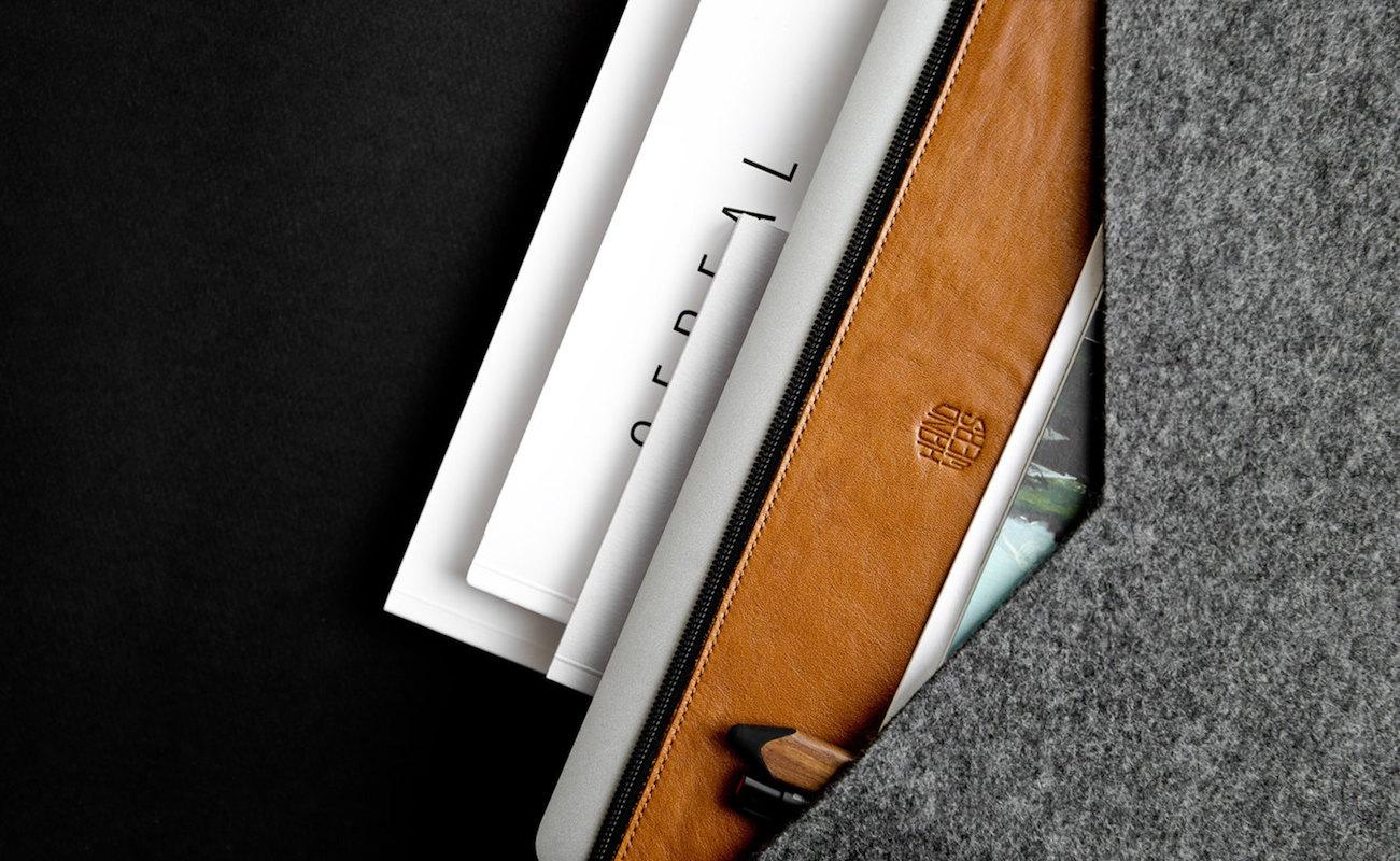 Handwers Universal Laptop Folder Folio