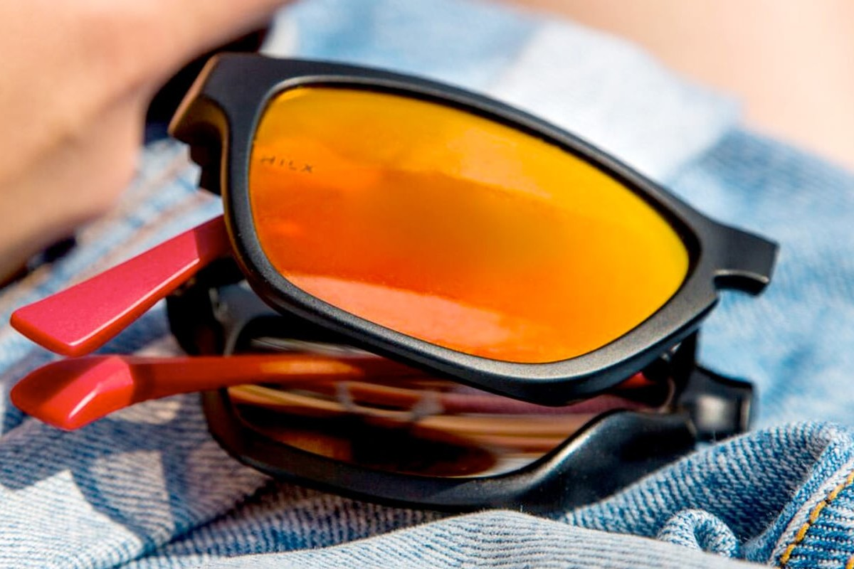 Hilx Unfold Spring-Open Sunglasses are super compact to go with you anywhere