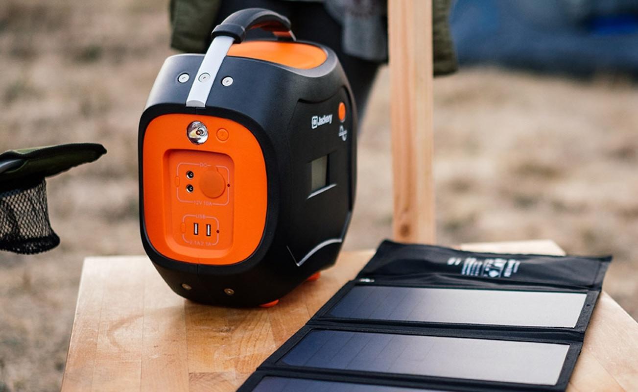 Jackery Power Pro Rechargeable Solar Battery