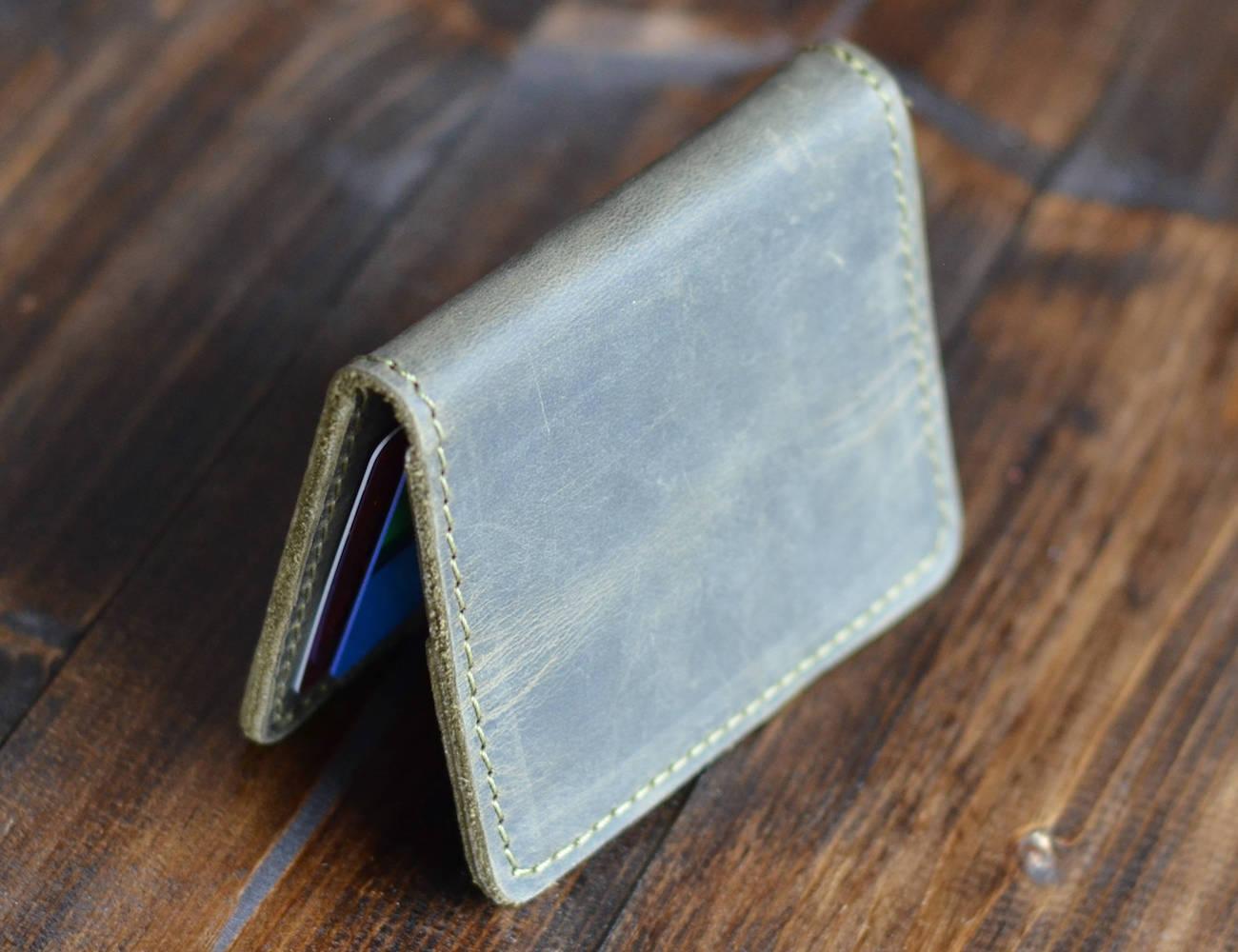 Knox Minimalist Distressed Leather Wallet