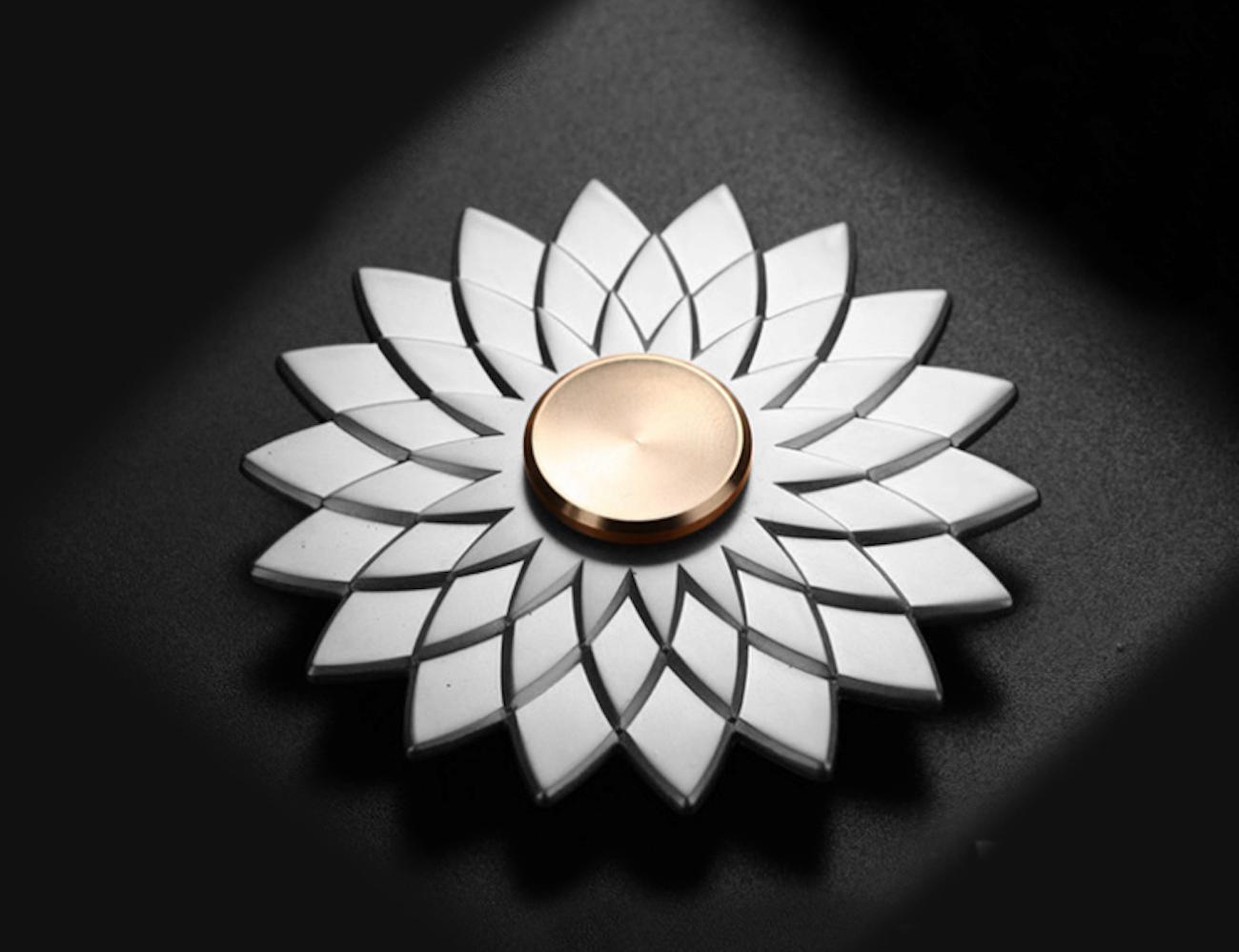 Noble Romantic Flower Fidget Spinner