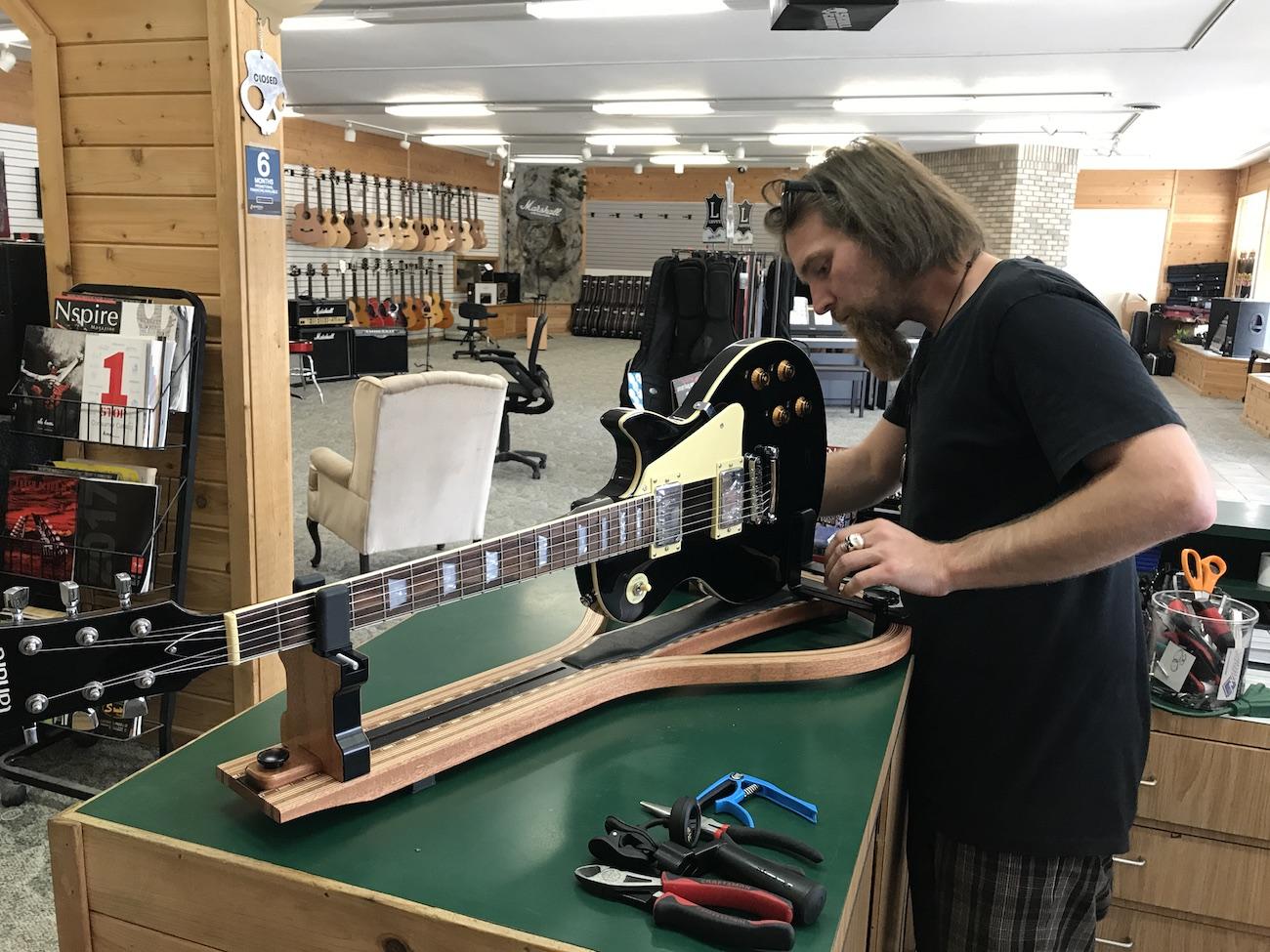Personal Guitar Workshop Guitar Workstation