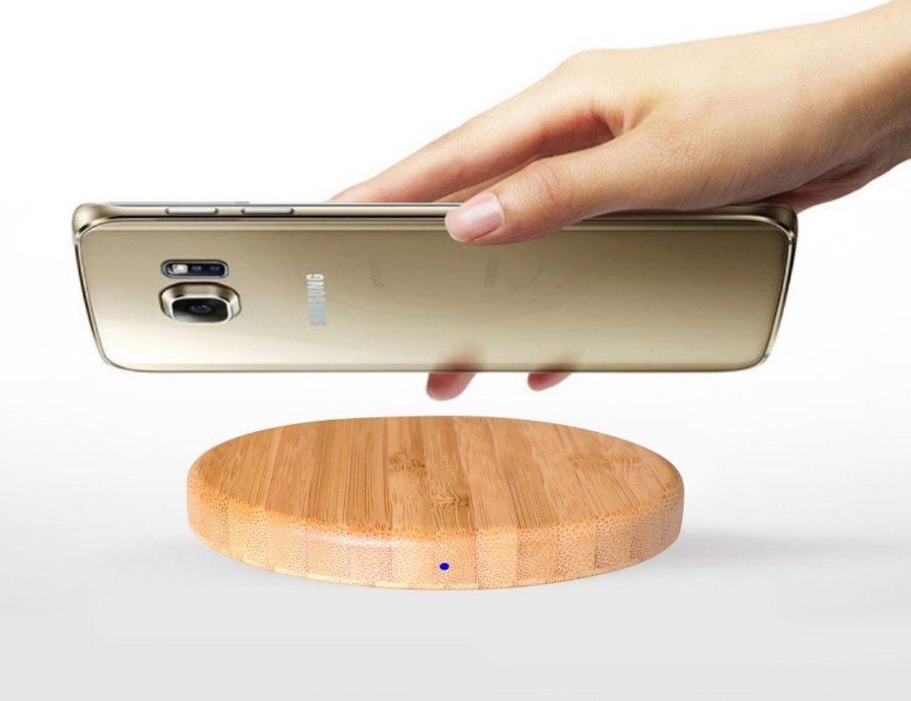 Qivv Wooden Wireless Smartphone Charger