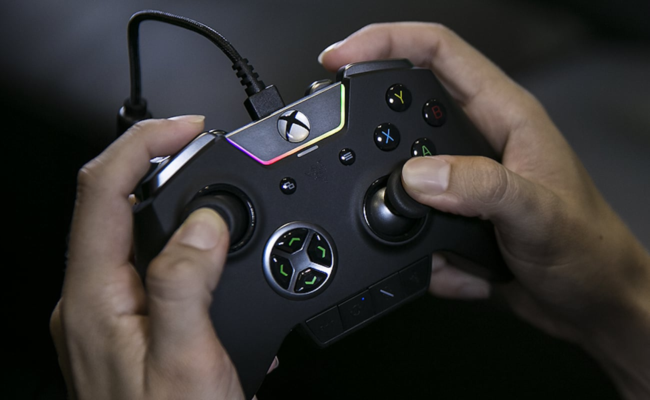 Razer+Wolverine+Ultimate+Xbox+One+Controller