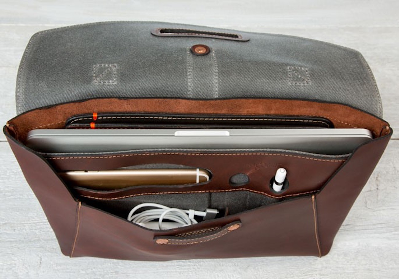 Valet Luxury Leather MacBook Bag