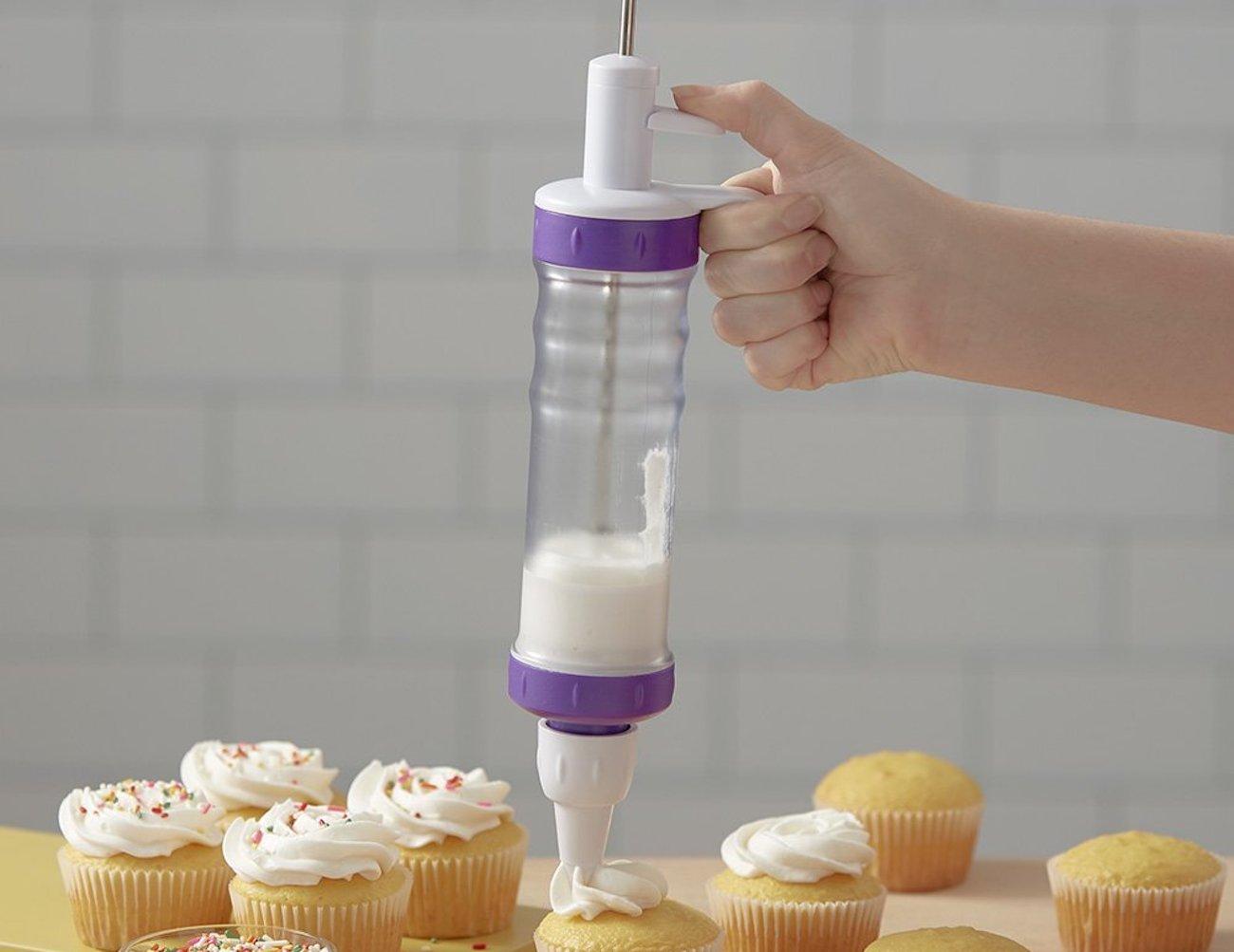 Wilton Dessert Decorator Plus Icing Dispenser
