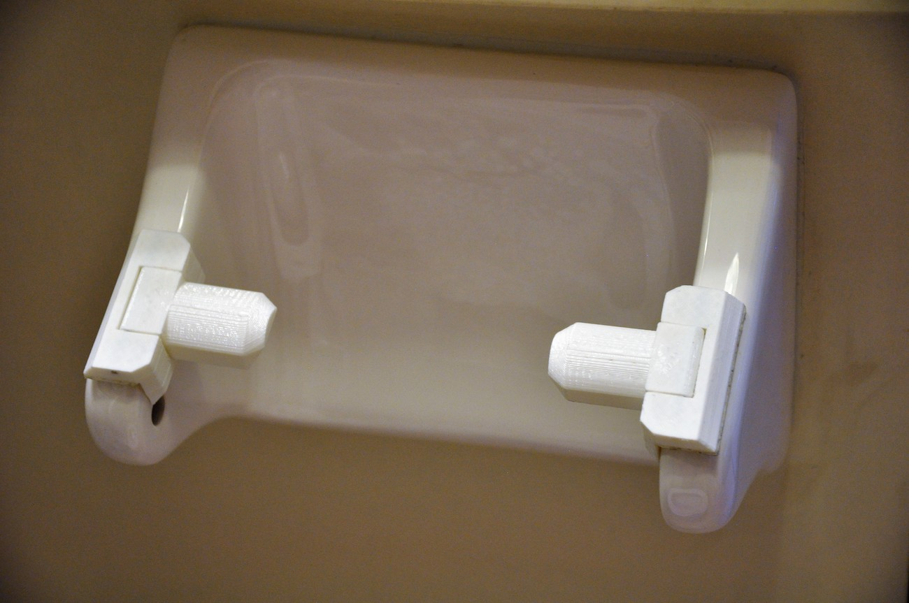 Toilet Paper Holder : Zena innovative toilet paper holder attachment » gadget flow
