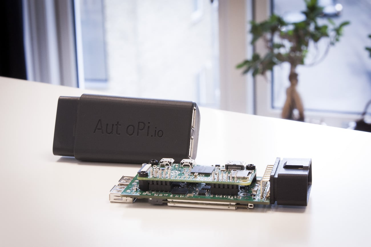 AutoPi Intelligent OBD-II Car Dongle