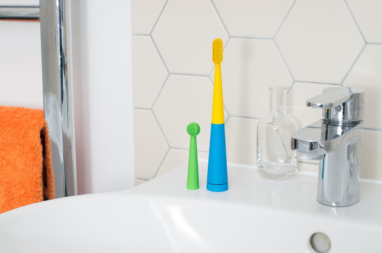 Benjamin Brush – Smart Music Toothbrush