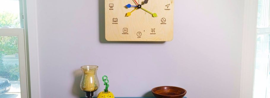 It Looks Like a Clock, but Eta Actually Tracks Your Family