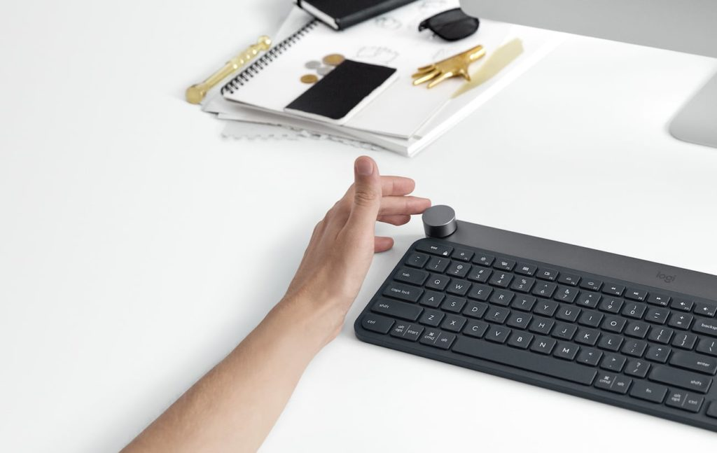 Logitech Craft Advanced Smart Keyboard