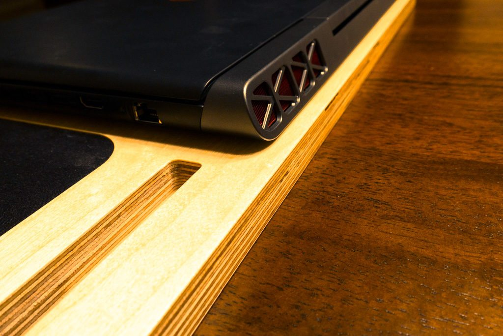 LapPad Mobile Workstation – Luxury Wood Lap Desk Touches for a Better Work Experience