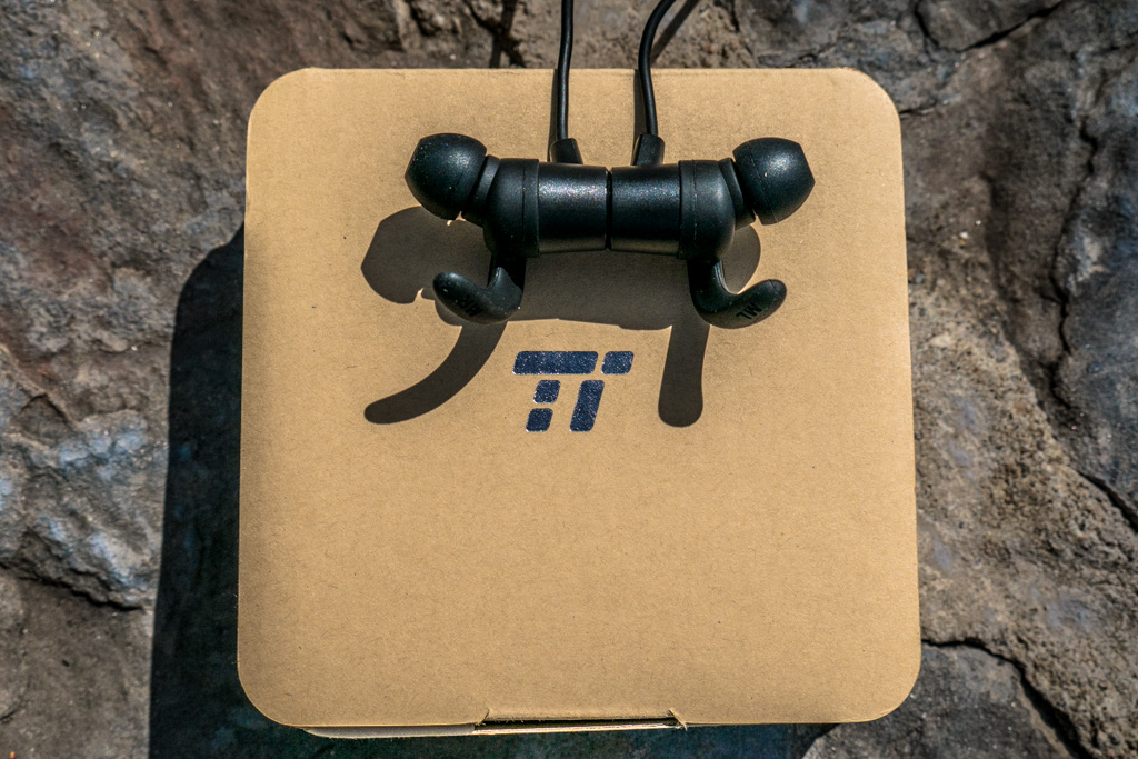 Taotronics+BH-16+Value+Bluetooth+Earbuds+Keep+the+Price+Low+Without+Sacrificing+Performance