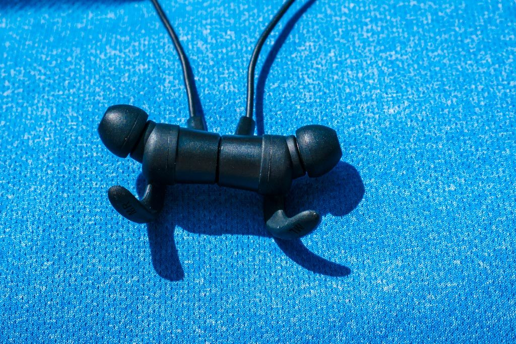 Taotronics BH-16 Value Bluetooth Earbuds Keep the Price Low Without Sacrificing Performance