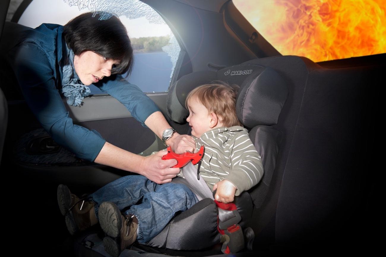 PROTEKKT Life-Saver Emergency Multi-Gadget