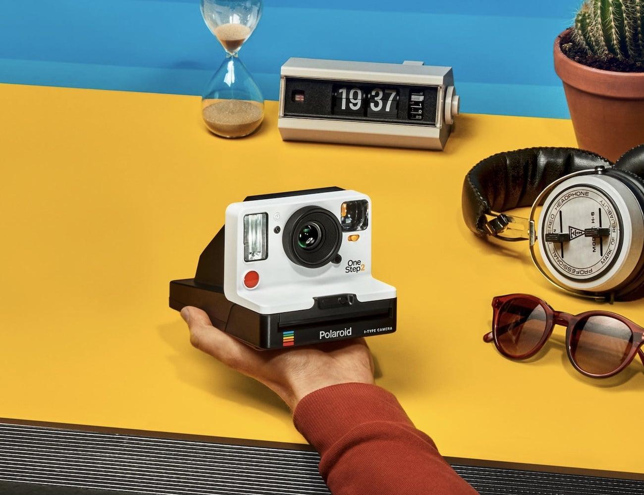 polaroid onestep 2 i type camera gadget flow. Black Bedroom Furniture Sets. Home Design Ideas