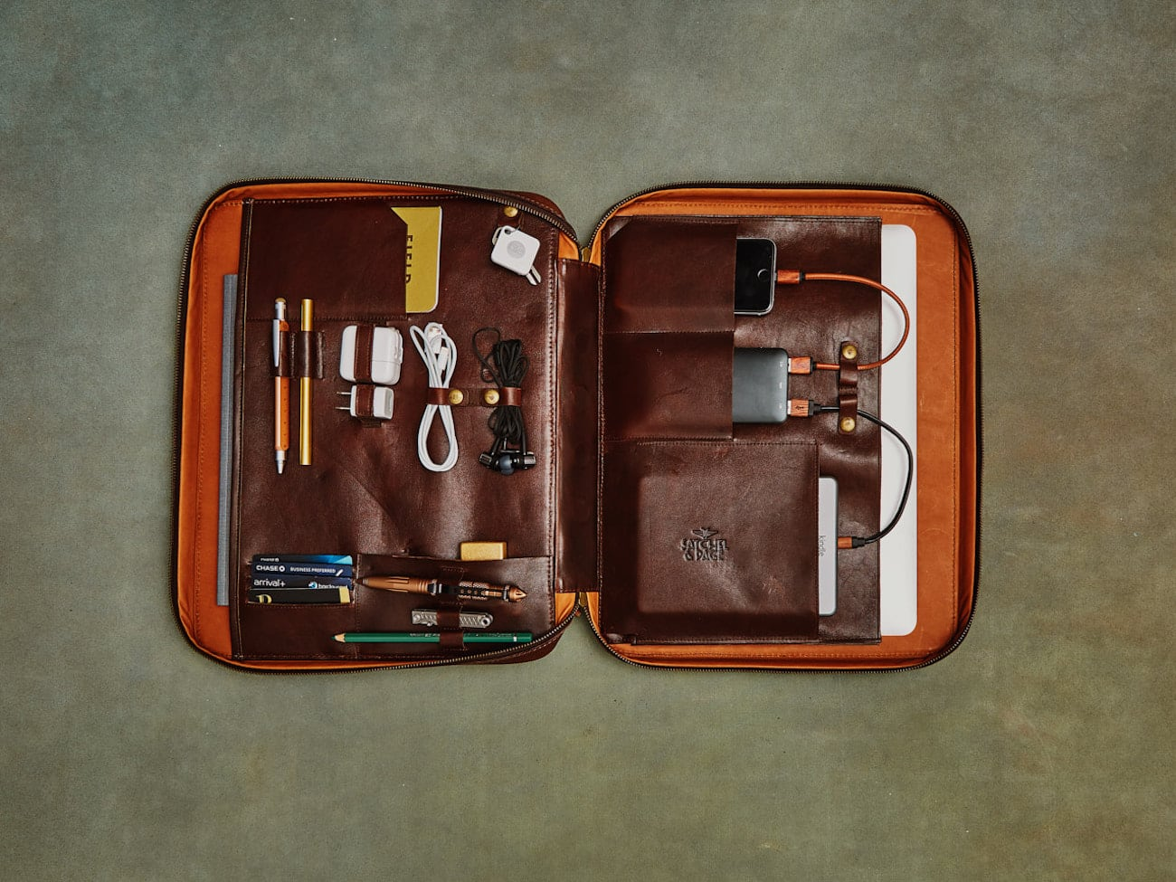 Port Series Innovative Leather Portfolio