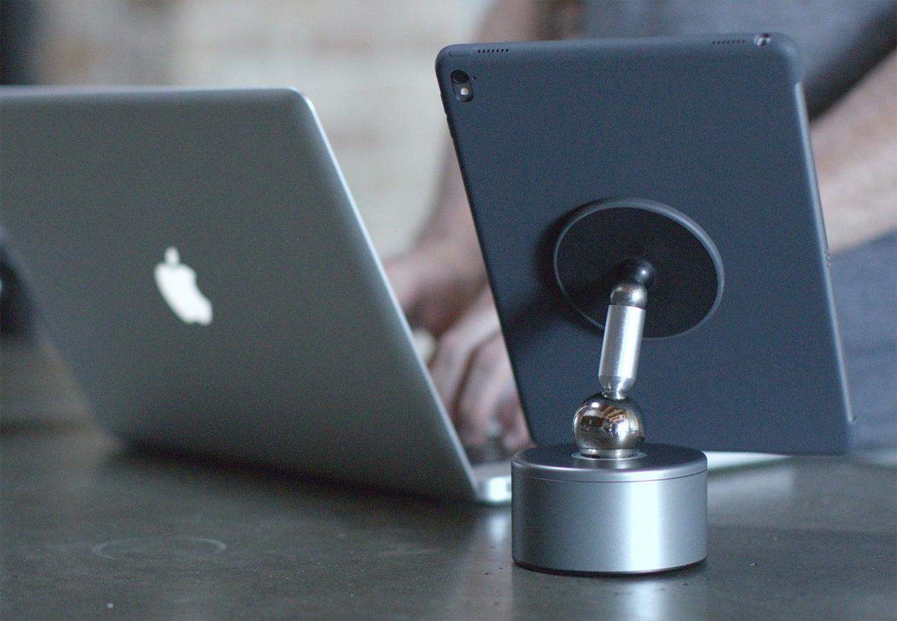 Pukk Magnetic Articulating Arm Mount