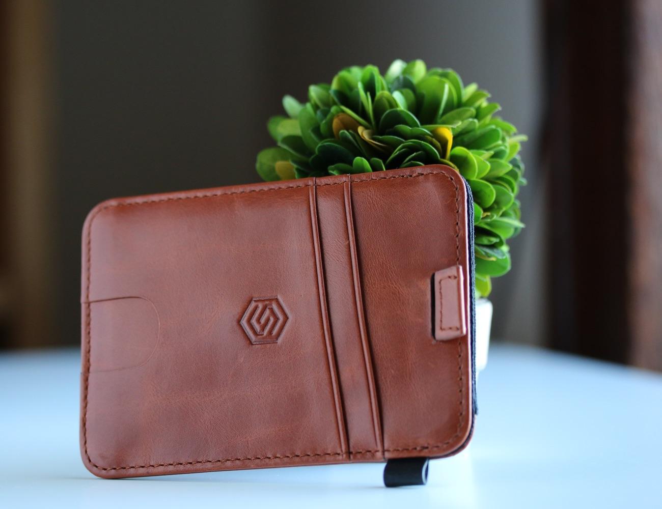 STRAPO Expandable Minimalist Wallet