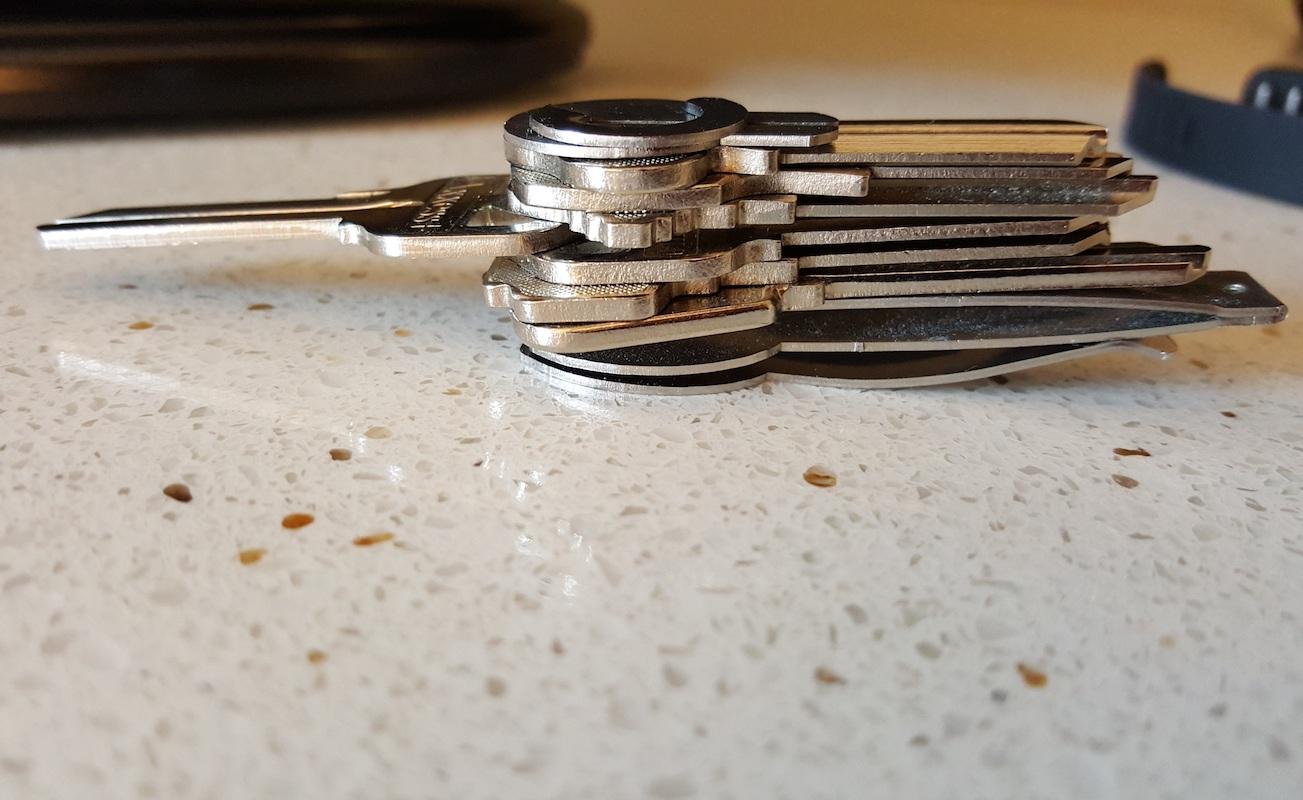 SimlifiKeychain organize your keys